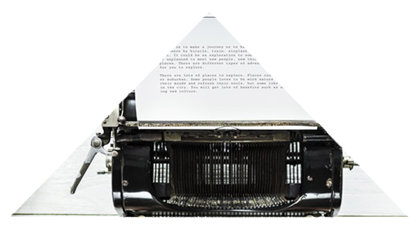 photgraphie montage triangle machine à écrire